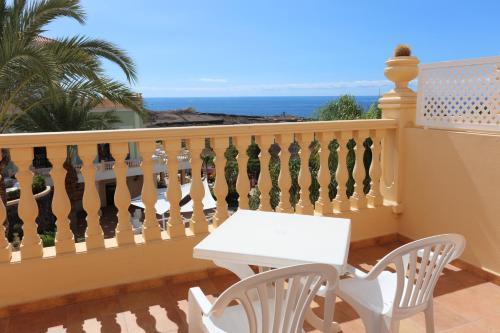 Calle Idafe, 38670 Costa Adeje, Tenerife.
