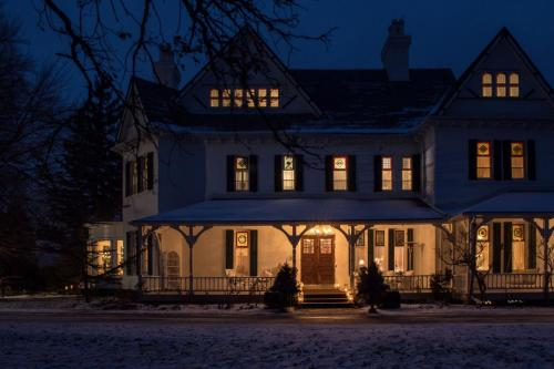 Grand Victorian - Niagara On The Lake, ON L0S 1J0
