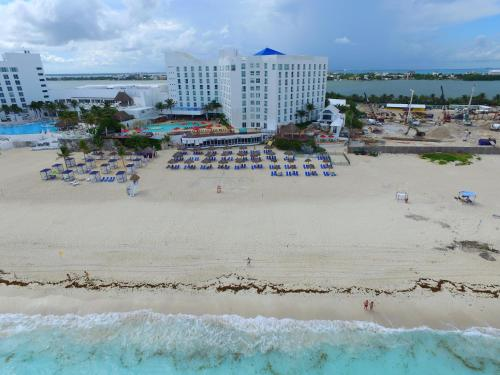 Sunset Royal Beach Resort All Inclusive Hotel Cancun