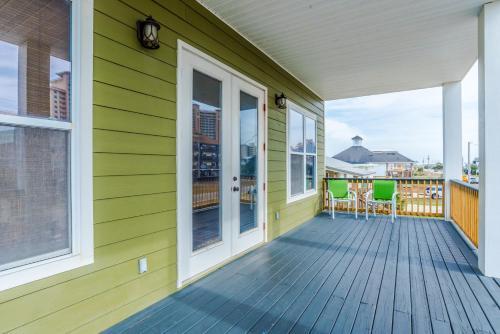 Ocean Outage Beach House - Gulf Shores, AL 36542