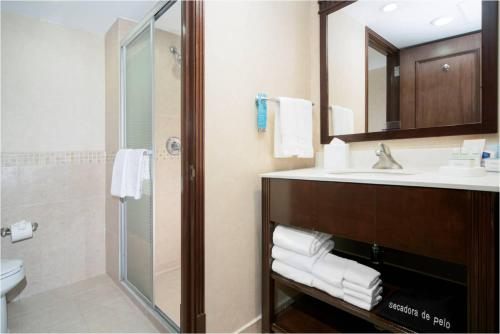 Hampton Inn & Suites Mexico City - Centro Historico Photo