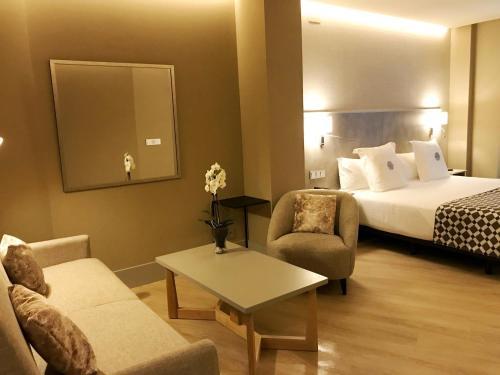 Hotel América Sevilla photo 36