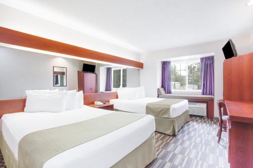 Microtel Inn & Suites by Wyndham Olean Photo