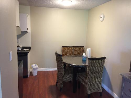 Richmond Apartment By Silver River - Richmond, BC V6Y 2J9