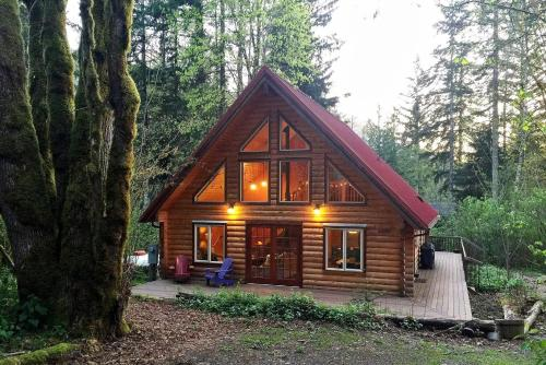 Glacier Holiday Cabin Or Bungalow Bl4434564908.