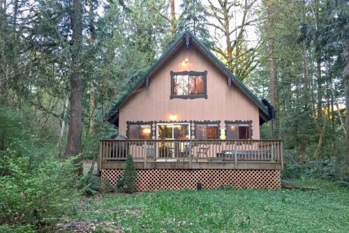 Glacier Holiday Cabin Or Bungalow Bl84014105570