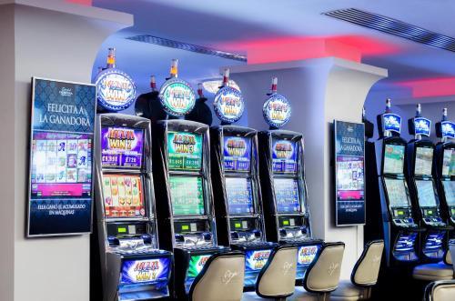Taormina Hotel and Casino Photo