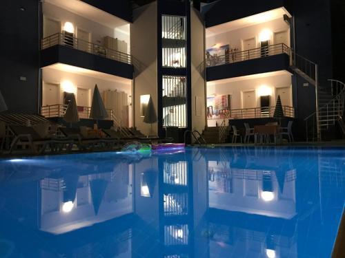 Antalya Kemer Manastır Hotel tatil
