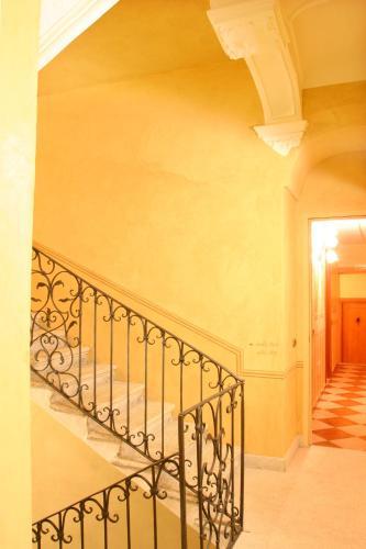 Hotel Ristorante Leon D'Oro - 1 of 35