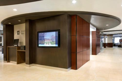 Courtyard By Marriott Downtown Ft. Smith - Fort Smith, AR 72901