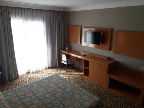 Kusadası Ayma Beach Resort & Spa fiyat