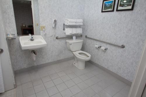 Comfort Suites Visalia