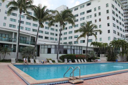Casablanca Beachside Al Hotel Miami Beach