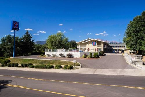 Motel 6 Colorado Springs Photo