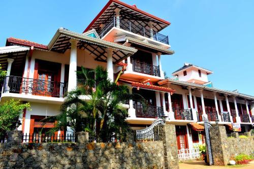 Yoho Rasuni Lanka Inn