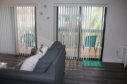 Anna Maria Island Beach Palms 7a Two-bedroom Apartment
