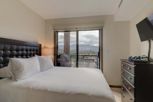 Playa Del Sol Resort - Vacation Rentals Photo