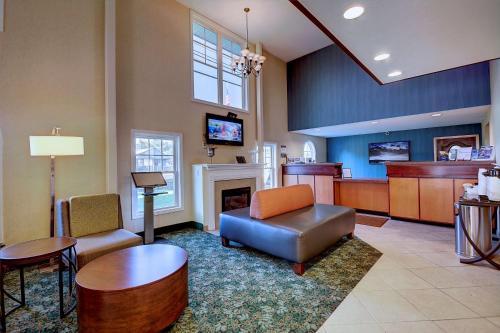 Best Western Inn at Hampton Photo