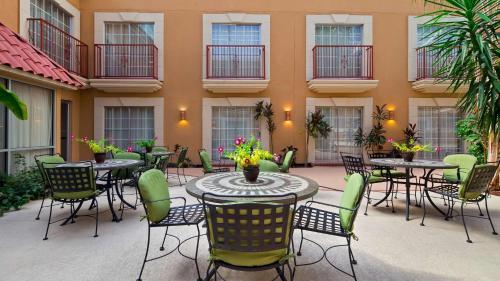 Best Western Plus Atrium Inn - Schertz, TX 79763