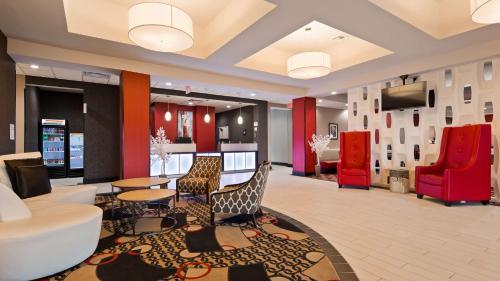 Best Western Plus Laredo Inn & Suites Photo