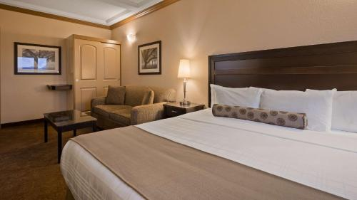 Best Western Plus Kamloops Hotel Photo