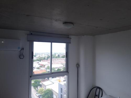 Luminoso Dto. Centro Garajesanta Fe.