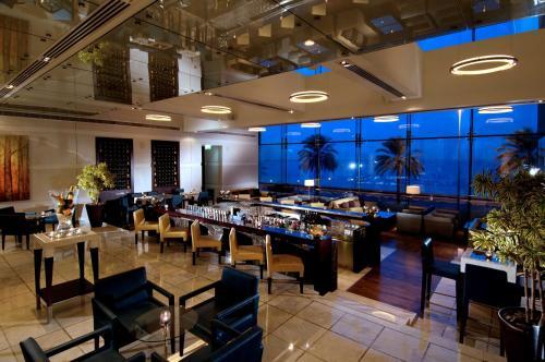 Hyatt Regency Dubai - Corniche photo 20