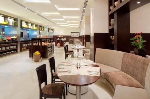 Hyatt Regency Dubai - Corniche photo 22