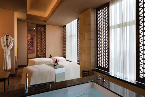 Shangri-La Hotel, Tokyo photo 15