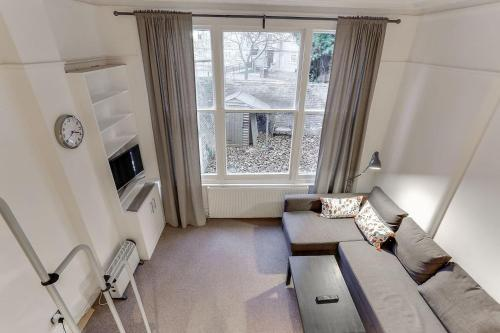 Bright 1br In Earls\' Court W/patio