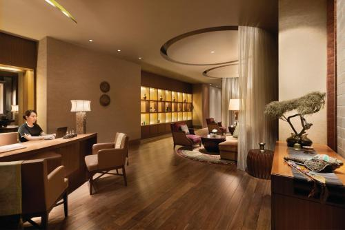 Shangri-La Hotel, Tokyo photo 36