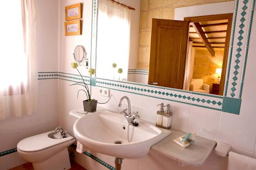 Superior Double or Twin Room with Garden View Hotel Rural Morvedra Nou 9