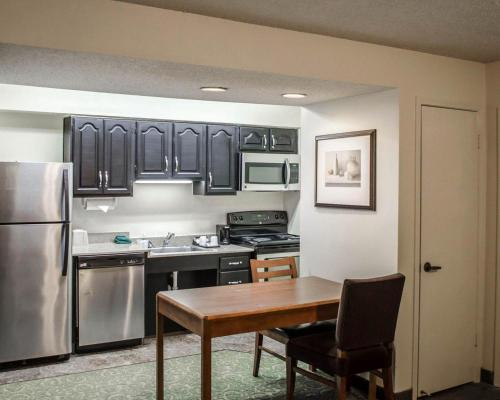 Mainstay Suites Pensacola - Pensacola, FL 32504