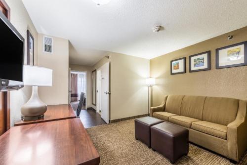 Comfort Inn & Suites BC 491132