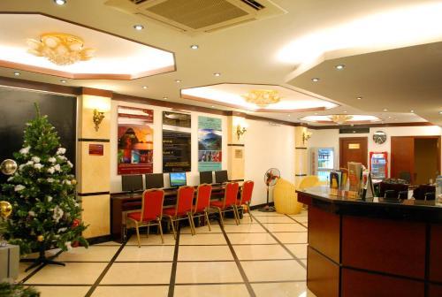 May De Ville Legend Hotel photo 8
