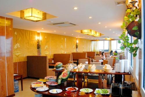 May De Ville Legend Hotel photo 9