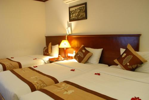 May De Ville Legend Hotel photo 21