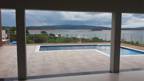 Casa de LUXO Brisas do Lago- Capitólio