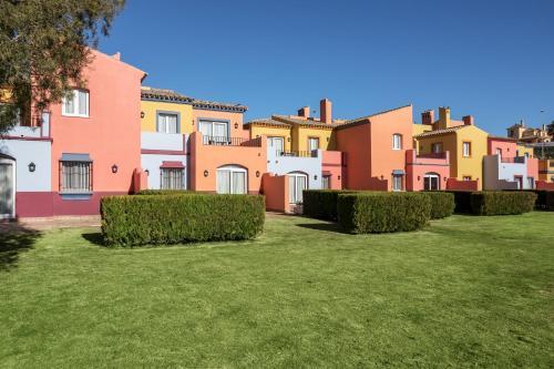Av. de Montecastillo, Km. 6, 11406 Jerez de la Frontera, Cádiz, Spain.