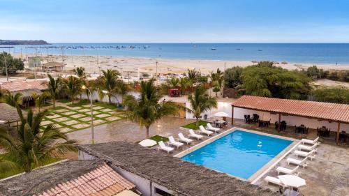 Los Organos Beach Photo