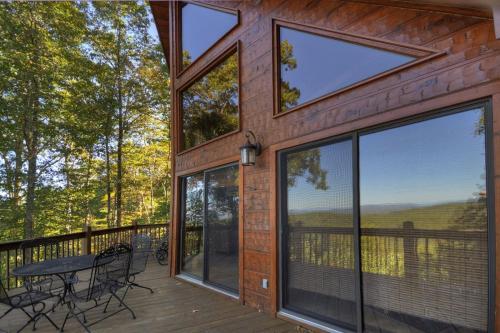 Big Ben's View - Blue Ridge, GA 30513