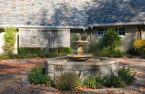 Moorcroft Manor Boutique Country Hotel Photo