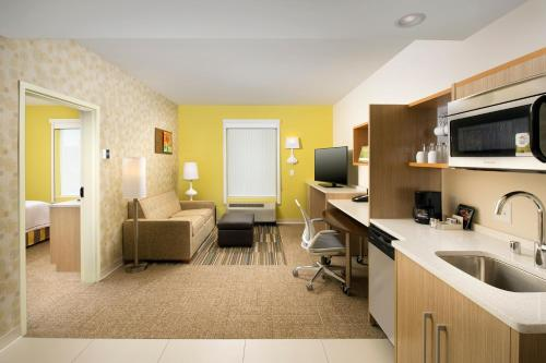 Home2 Suites By Hilton Louisville East Hurstbourne - Louisville, KY 40223