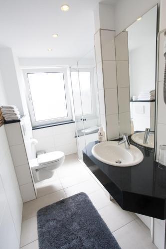 hotel restaurant zur post lohfelden kassel desde 75 rumbo. Black Bedroom Furniture Sets. Home Design Ideas
