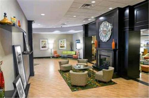 Hampton Inn Evansville Airport in Evansville