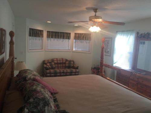 Nottely River Retreat- Blairsville Ga