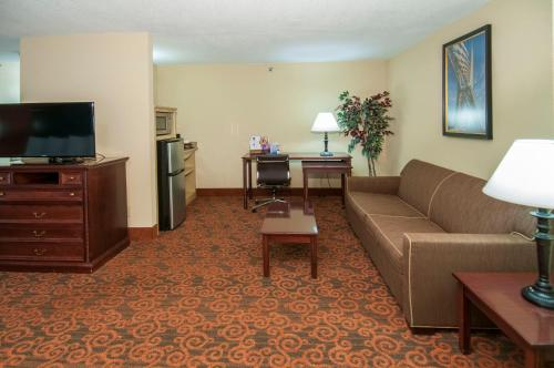 Governors Suites Hotel Photo