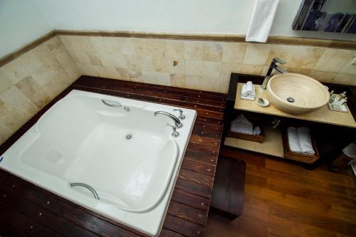 Hotel Hacienda de Guadalupe Photo