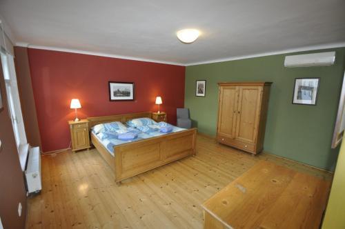 Liliova Apartments