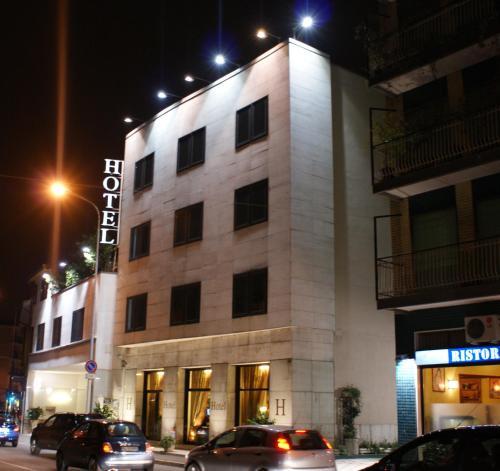 Hoteles de 3 estrellas en rho rumbo - Hoteles de tres estrellas en granada ...